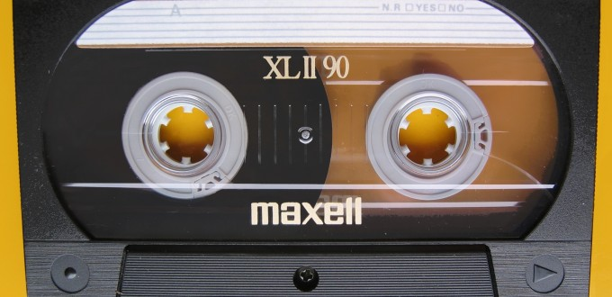 Compact_Cassette_Maxell_XL_II_90_IMG_8498