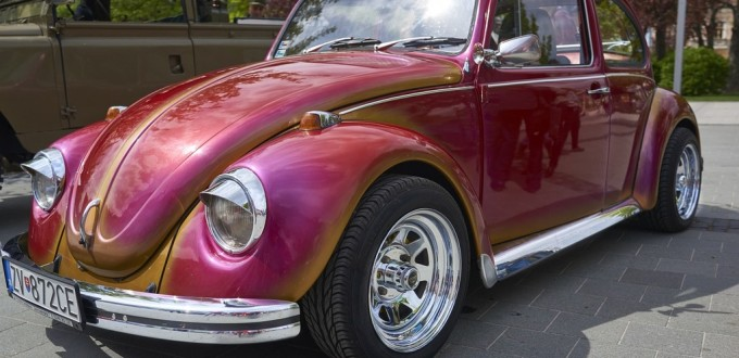 VW Beetle Reddish